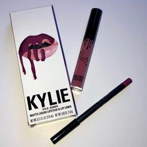 Kylie Cosmetics Lip Kit  In Head Over Heels